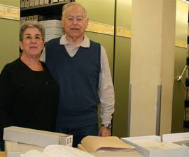 The picture shows Ralph and Phyllis Mollerick during their visit